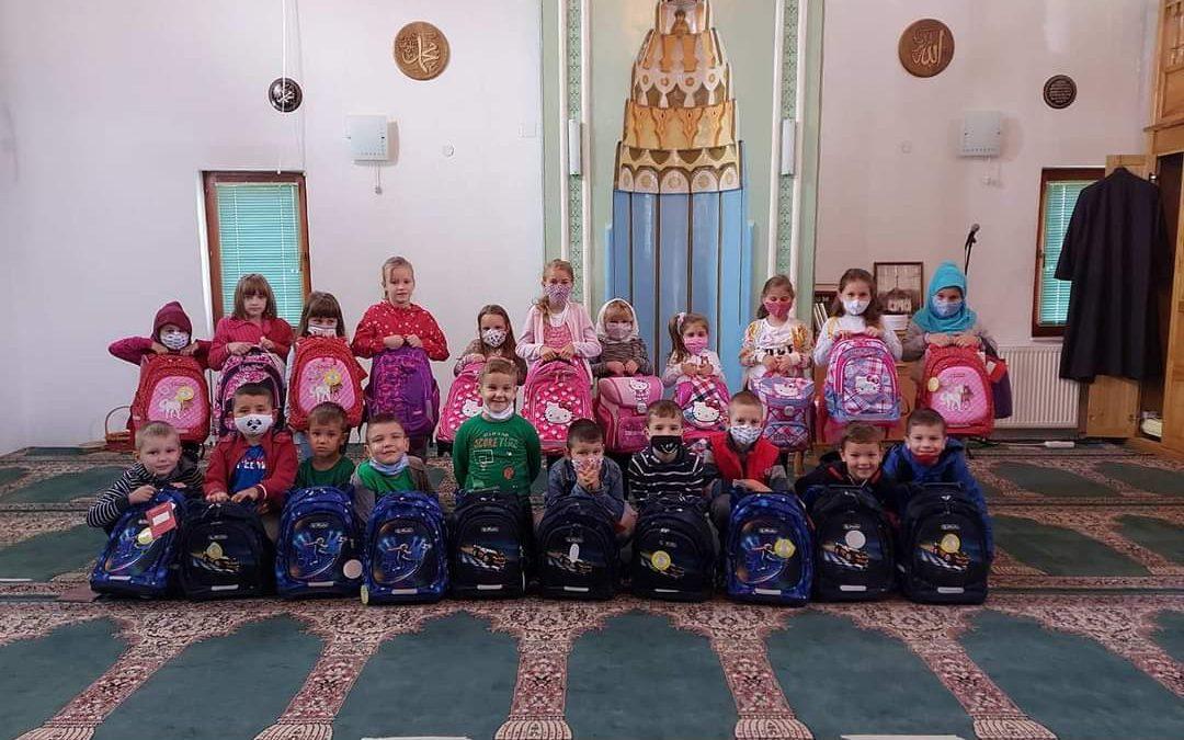 Donacija školskog pribora za naše najmlađe