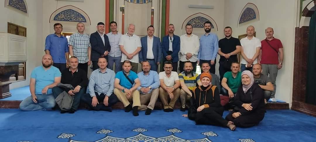 Osnovni odbor ilmijje Travnik u posjeti Medžlisu Banja Luka